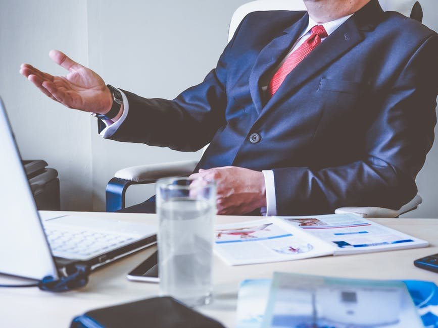 ¿Cómo saber si soy jefe o líder?