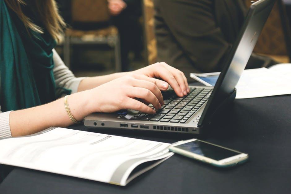 Relaciones públicas: cómo redactar un productivo comunicado de prensa