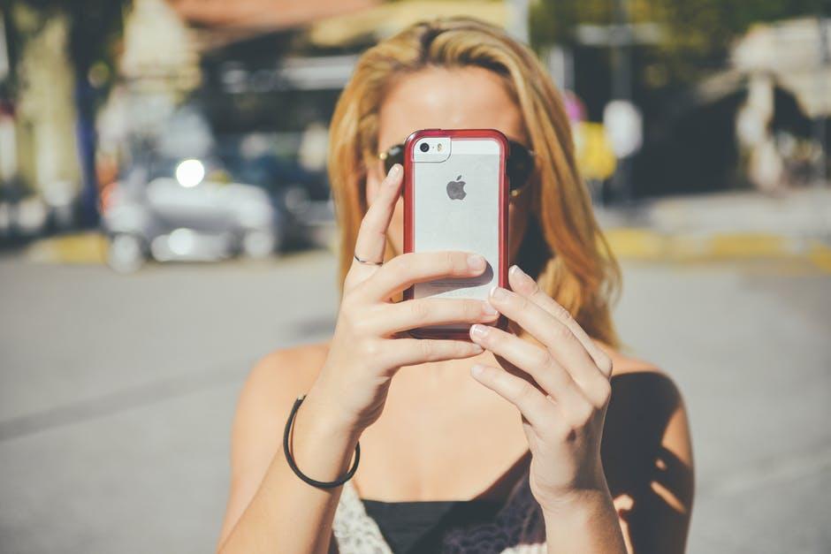 La historia detrás de las selfies