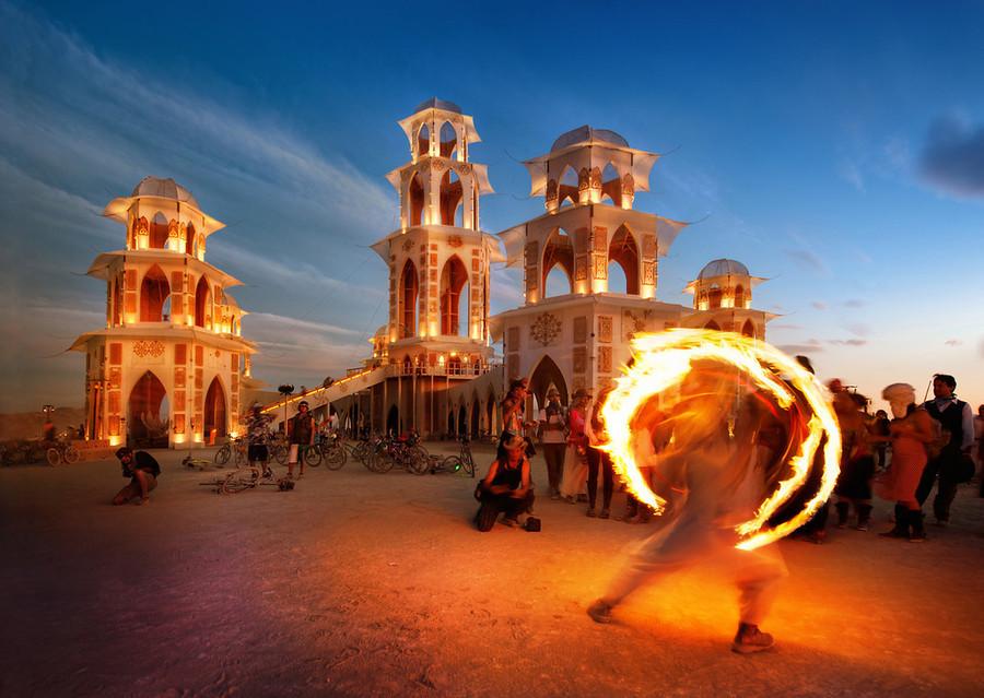 """""""Burning Man"""": todo lo que necesitas saber"""