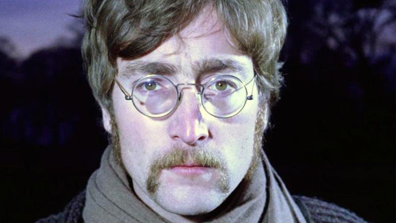John Lennon y su extraña relación con el 9