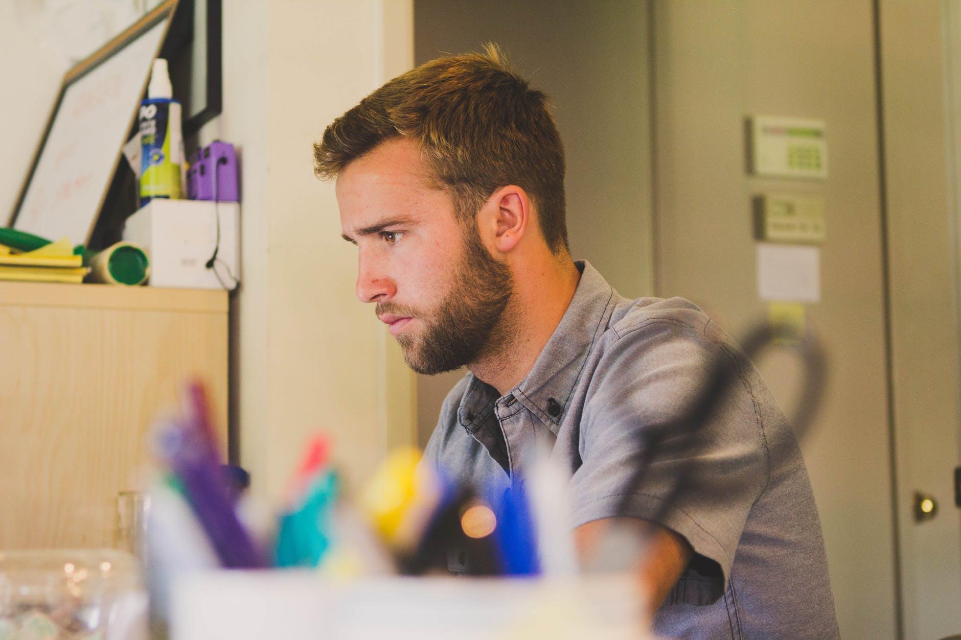 Tips para manejar el estrés laboral