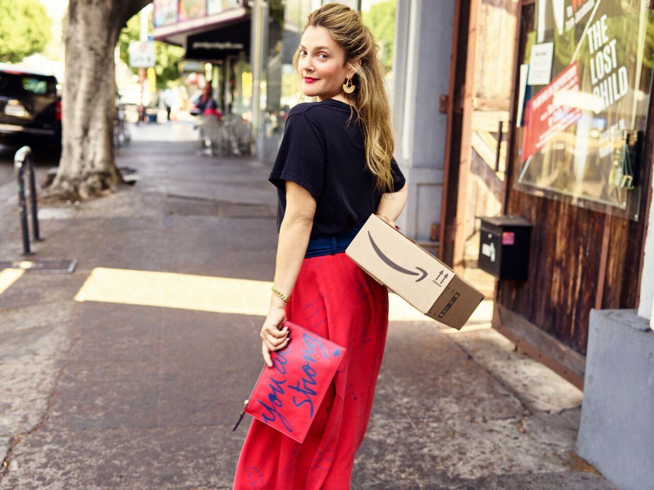 """Drew Barrymore lanza su propia marca de ropa """"Dear Drew"""""""