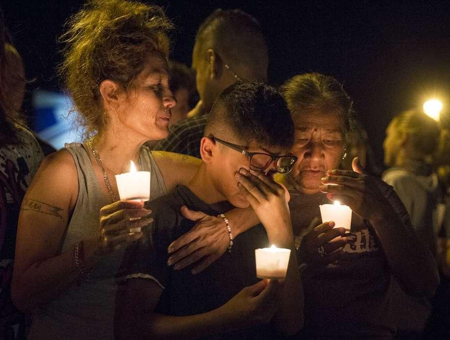 Tiroteo en Sutherland Springs, Texas deja al menos 26 muertos